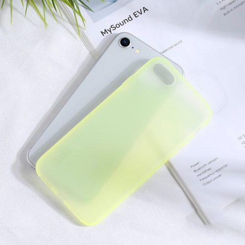 pastel-mat-iphone-se-2020-geel